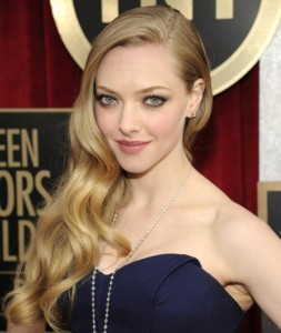 2013 Spring Hair Trends - Deep-Sided Part - Amanda Seyfried